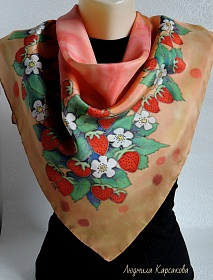 "Silk shawl ""Strawberries with cream"""